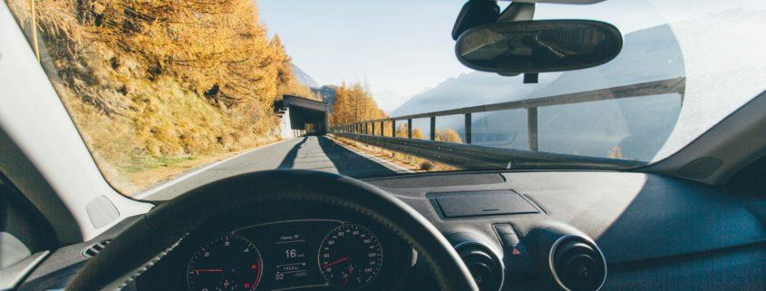 blog 19 845x321 - Leasingowanym autem na zagraniczne wakacje
