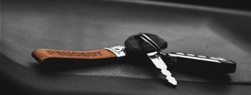 car key close up key 109361 845x321 - Cesja umowy leasingu